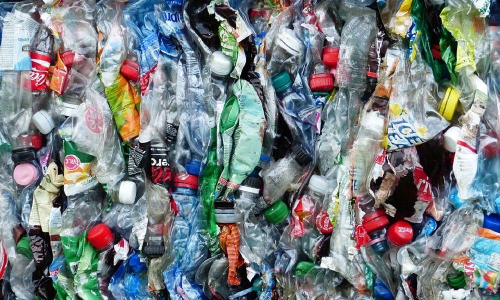 pellicola di latte sostituirà gli imballaggi in plastica