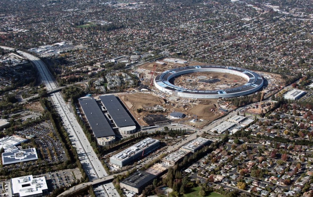 Apple cantiere campus