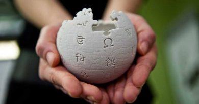 Wikipedia compie venti anni